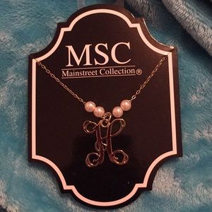 f28139e9320a2 5  25 MSC H Initial Gold Pearl Necklace